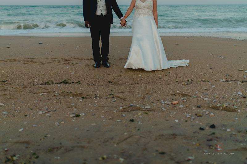 Sposi sulla spiaggia ad Ancona Marche